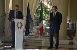 """Cesare Cuniberto, """"Ufficiale dell'Ordine della Stella d'Italia"""""""