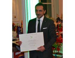 """El Director Gerente de la  CCIS, """"Ufficiale dell'ordine della Stella d'Italia"""""""