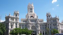 España recibió casi ocho millones de turistas en mayo