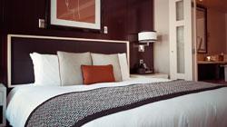 Las pernoctaciones en establecimientos hoteleros españoles disminuyen en julio pero aumenta su facturación