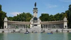 Spagna, la spesa dei turisti stranieri aumenta quasi del 15%