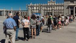 Cifra record di turisti internazionali in Spagna nel 2017