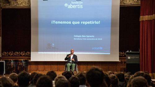 La Fundación Abertis pone en marcha el programa de educación vial 'Tenemos que repetirlo'