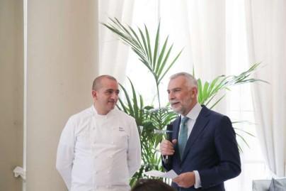 Almuerzo en la Embajada Italiana elaborado por el chef PINO CUTTAIA-50
