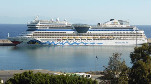 Casi 74 millones de turistas internacionales han visitado España en los 10 primeros meses del año