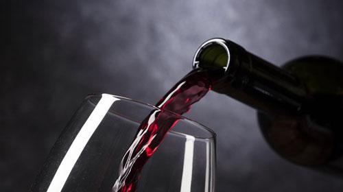 Crece el valor y baja el volumen de las exportaciones españolas de  vino