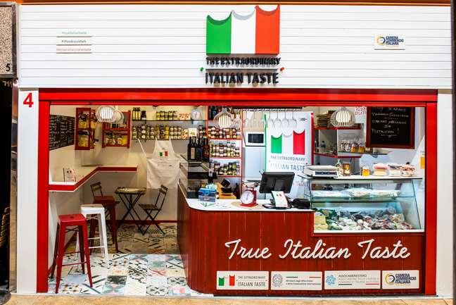 """Sono oltre 40 i prodotti italiani autentici esposti nello store """"True Italian Taste"""" nel Mercado de Chamberí"""
